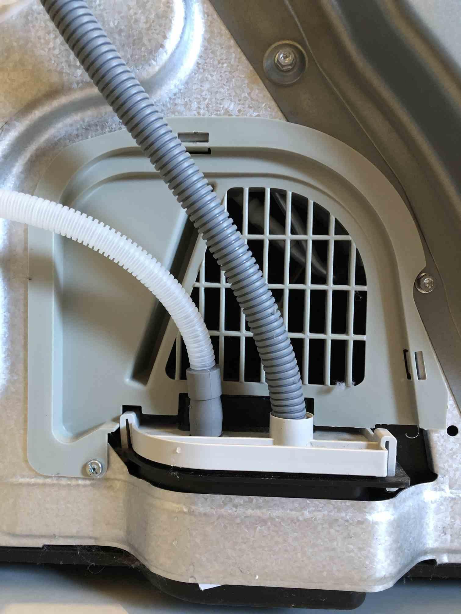 Kap met resonantie op wasdroger Whirpool HDLX 70310